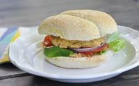 Curried chickpea burger min